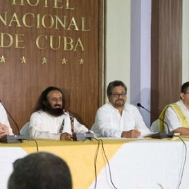 Sri Sri Ravi Shankar Calls on Colombians to Give Peace Another Chance
