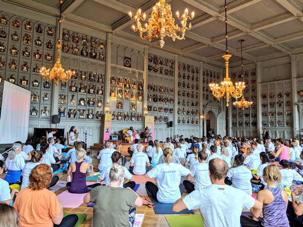 Gurudev Sri Sri Ravi Shankar inaugurated 4th Yoga Day celebrations at the House of Nobility in Helsinki, Finland, on the 18th of June, 2018