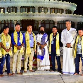 आर्ट ऑफ लिविंग के निरंतर हस्तक्षेप से प्रोत्साहित होकर, यूपीएलए ने गांधी जयंती पर शांति के प्रति वचनबद्ध रहने का आश्वासन दिया | Encouraged by Sustained Interventions UPLA Pledges For Peace On Gandhi Jayanti