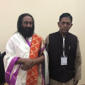 अयोध्या: दो मुख्य मुस्लिम याचिकाकर्ताओं ने न्यायलय के बाहर समझोते का समर्थन किया | Ayodhya: Two main Muslim petitioners support out-of-court settlement
