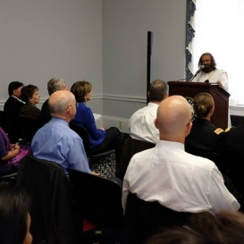 US Congressional Representatives meditate with Sri Sri