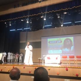 Sri Sri Ravi Shankar Addresses Thousands of Youths from 20 Colleges in Davangere