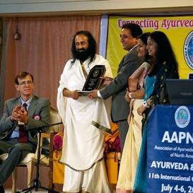 Sri Sri inaugurates North American Ayurveda Conference