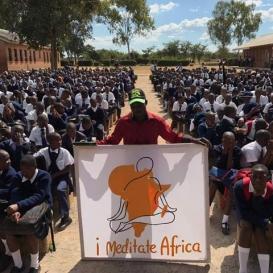 Sri Sri Ravi Shankar inspires 1 million in Africa, to meditate for Peace